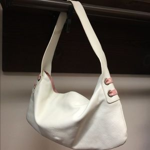 🌷CLEAR OUT Petusco white leather Bag